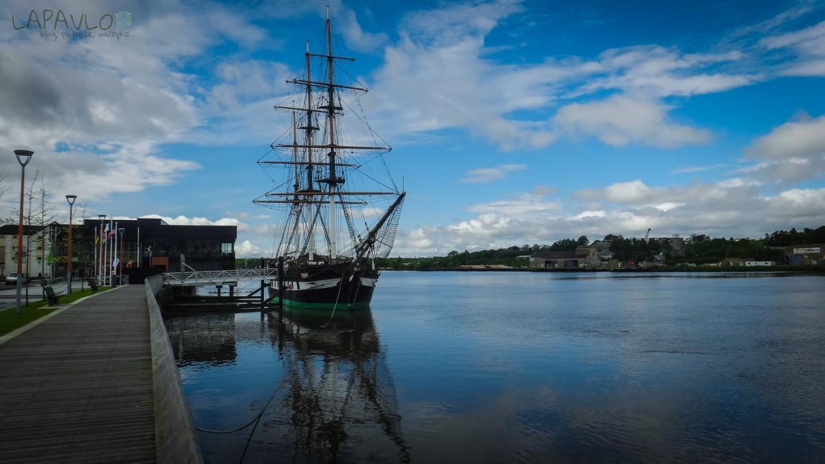 Statek Dunbrody nad rzekąBarrow - New Ross