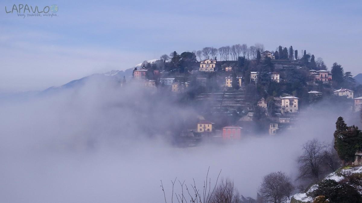 Città Alta we mgle - Bergamo
